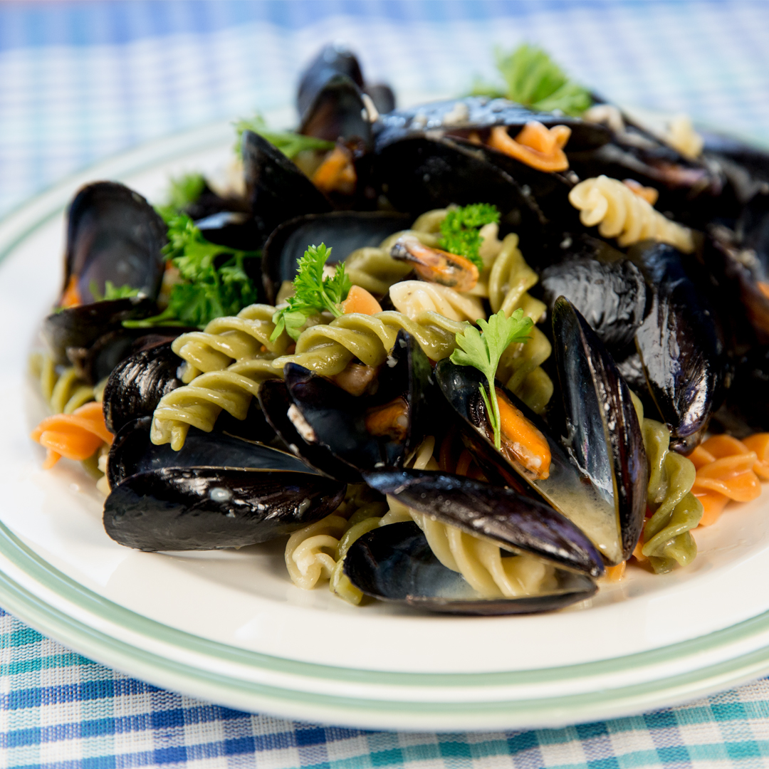 Fusilli with Mussels and White Wine Sauce
