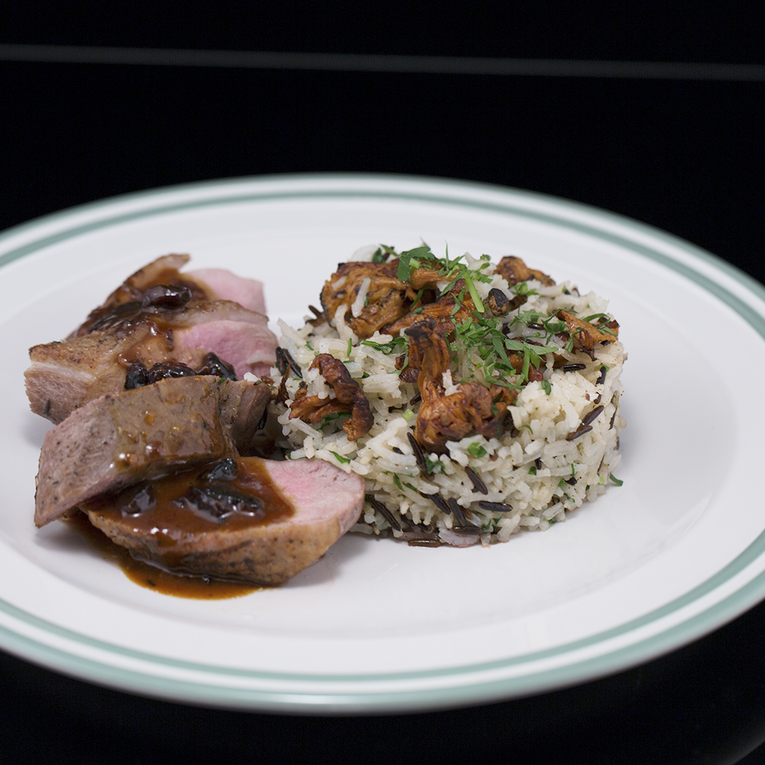 Duck Breast with Rice and Raisin Sauce