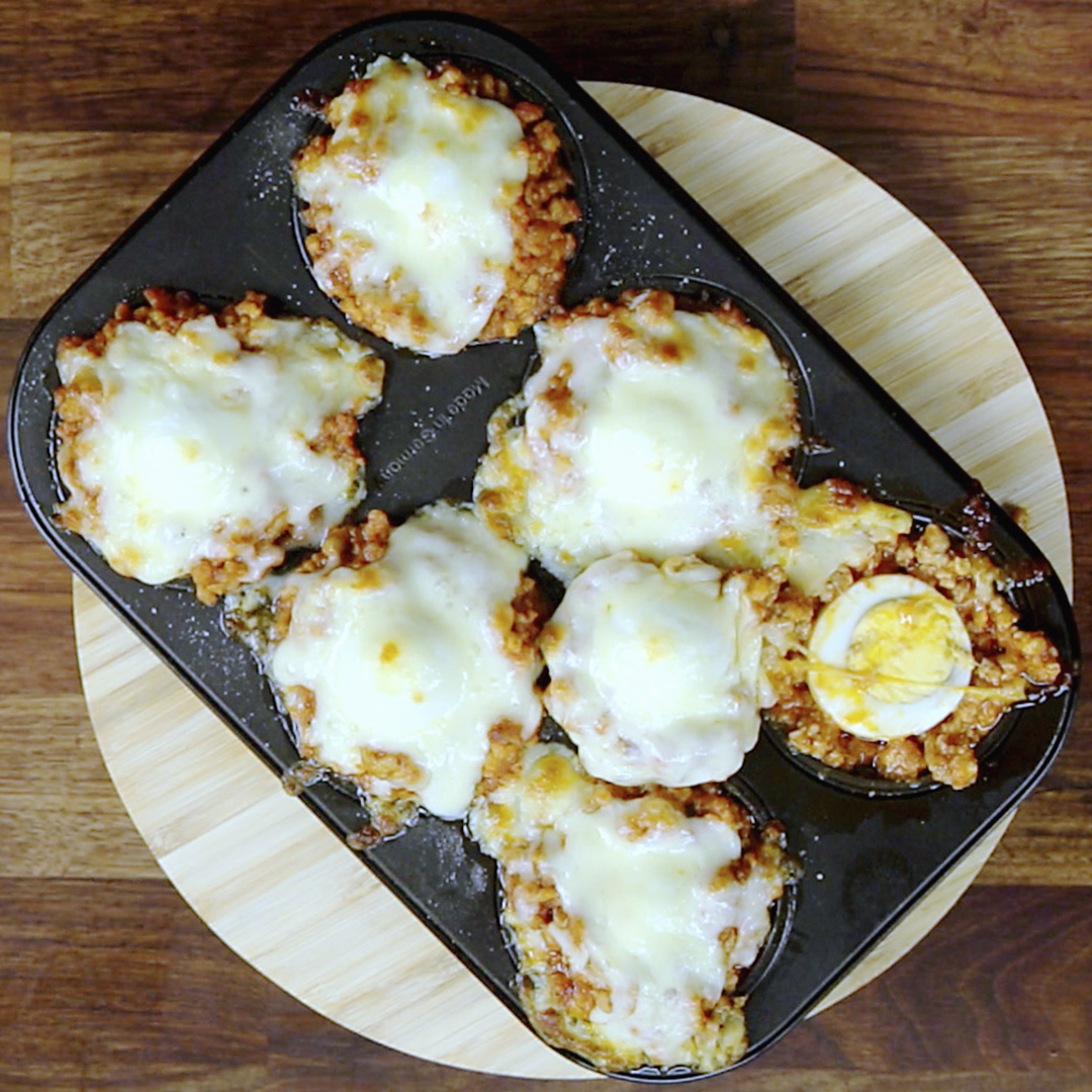 Hard-Boiled Egg and Meat Muffins