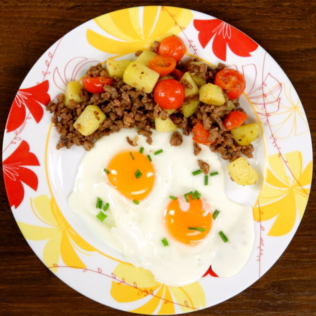 Ground Beef and Egg Breakfast