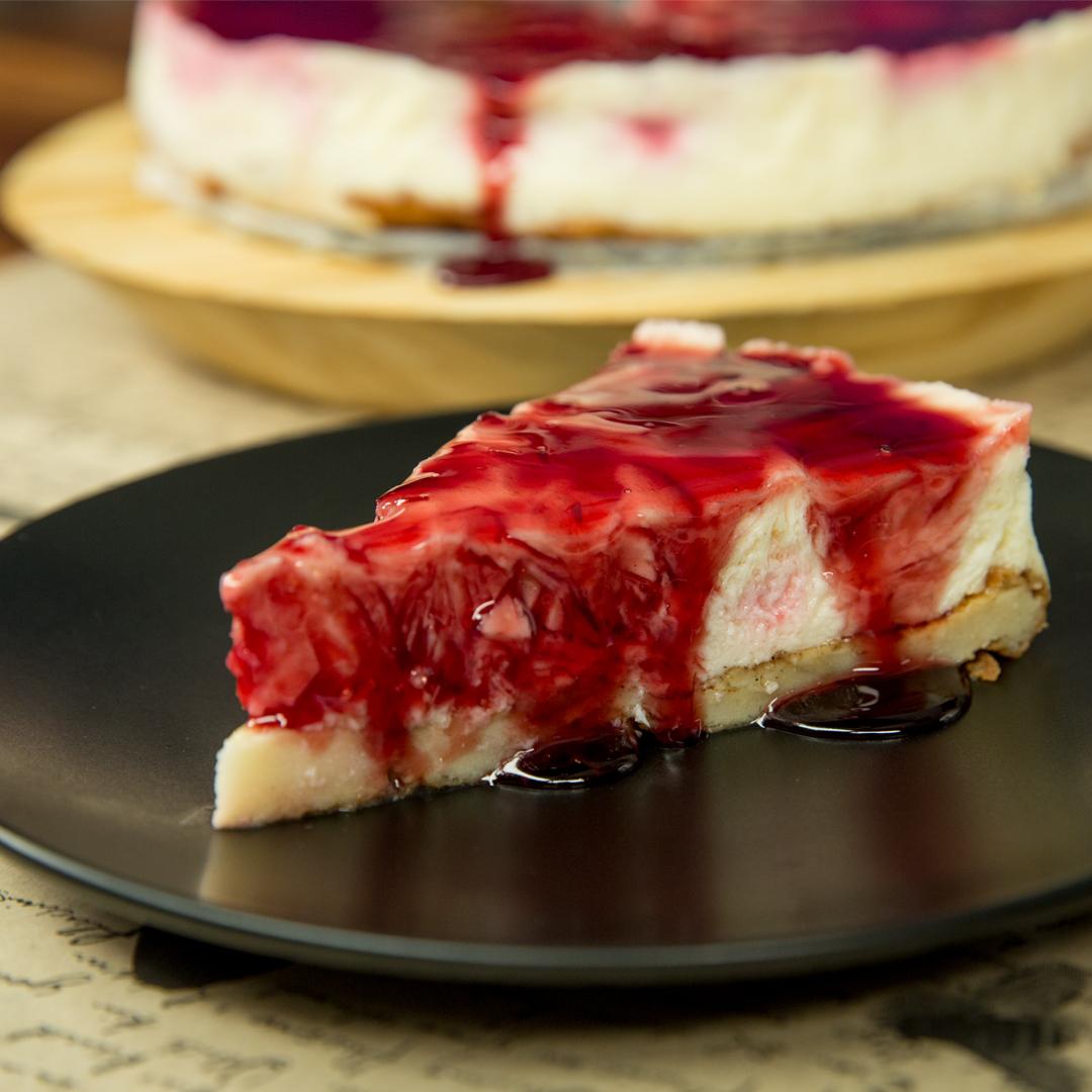 Strawberry and Vanilla Pudding Cake