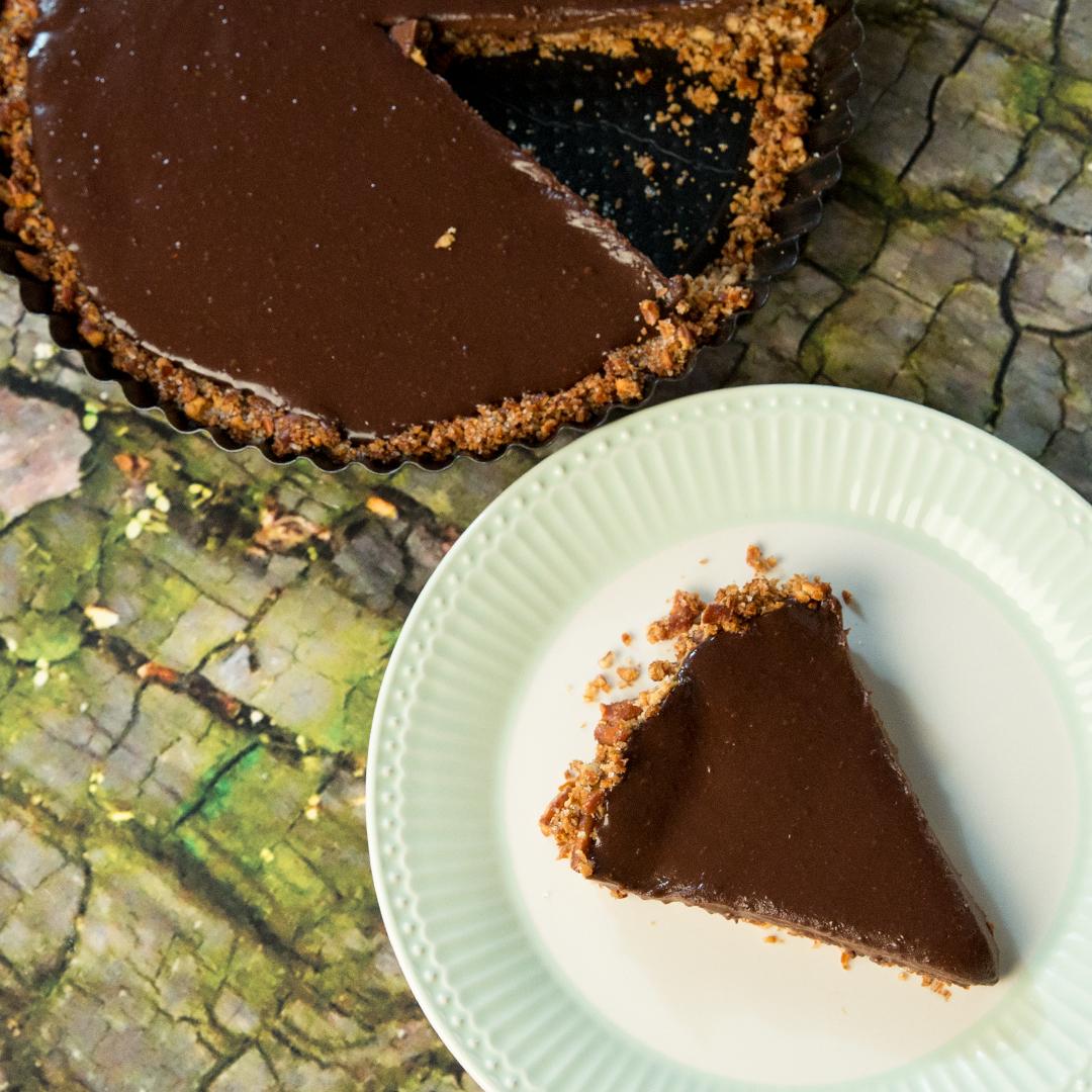 Pretzel-Crusted Chocolate Tart