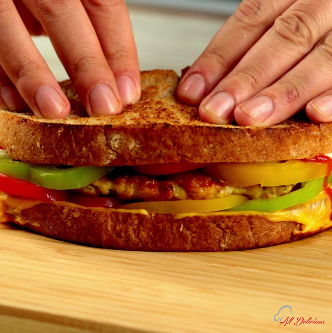 Bell Pepper and Chicken Meatball Sandwich