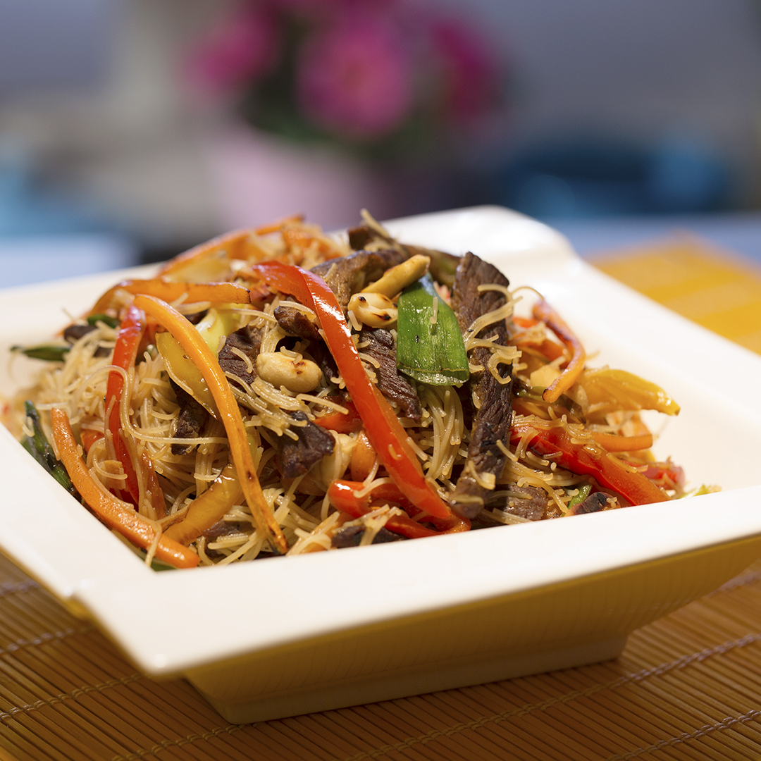 Beef, Veggie and Rice Noodle Stir-Fry