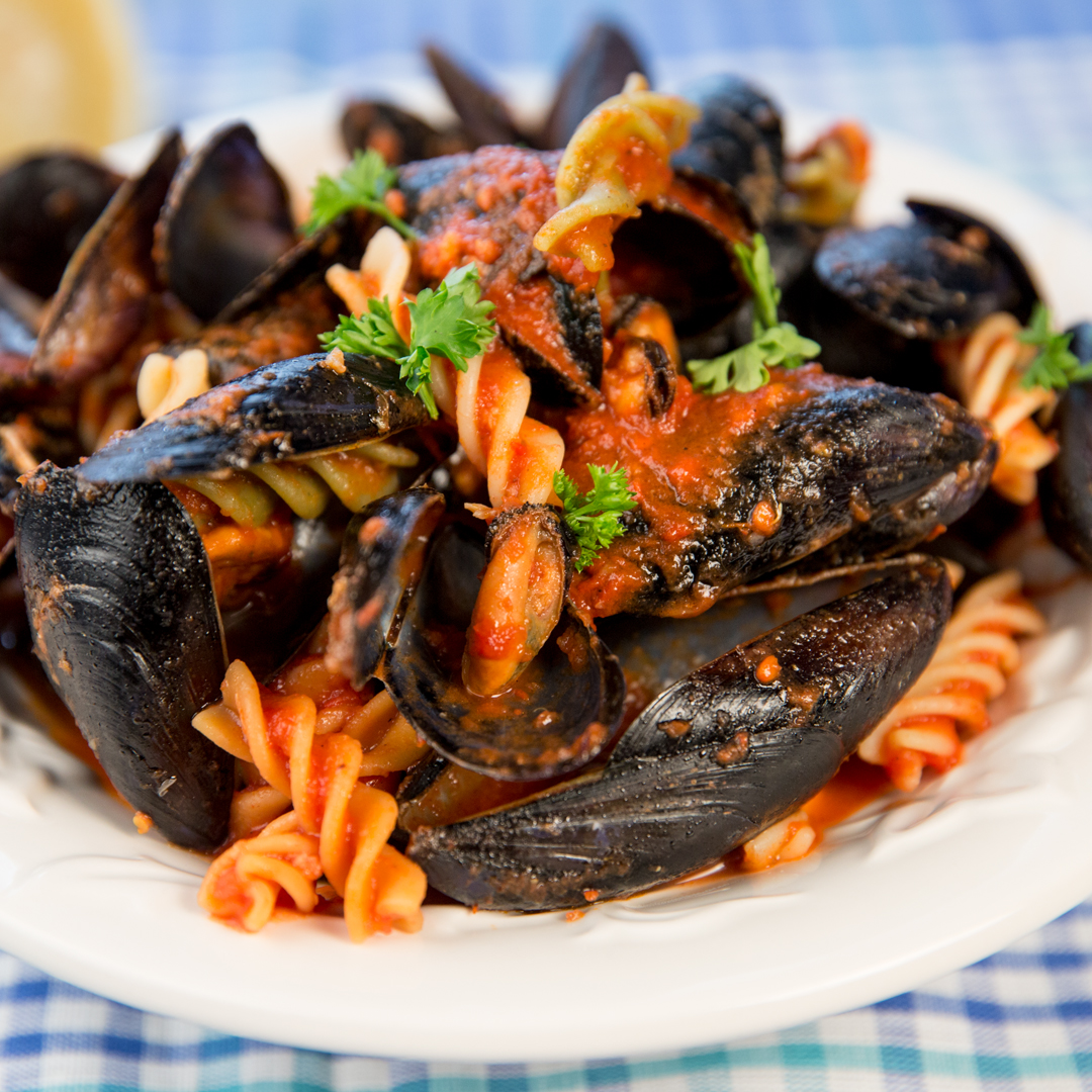 Fusilli with Mussels and Tomato Sauce