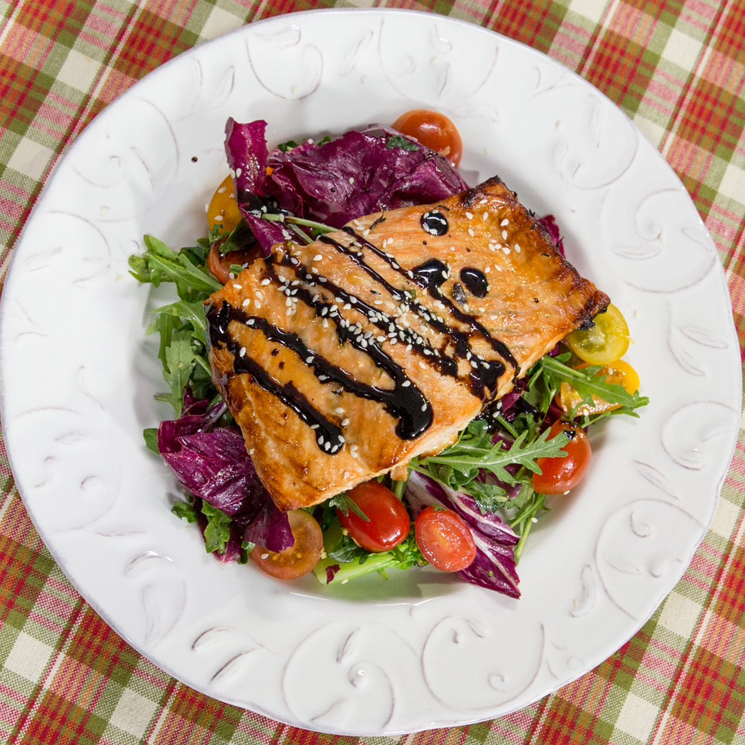 Roasted Salmon with Arugula Salad