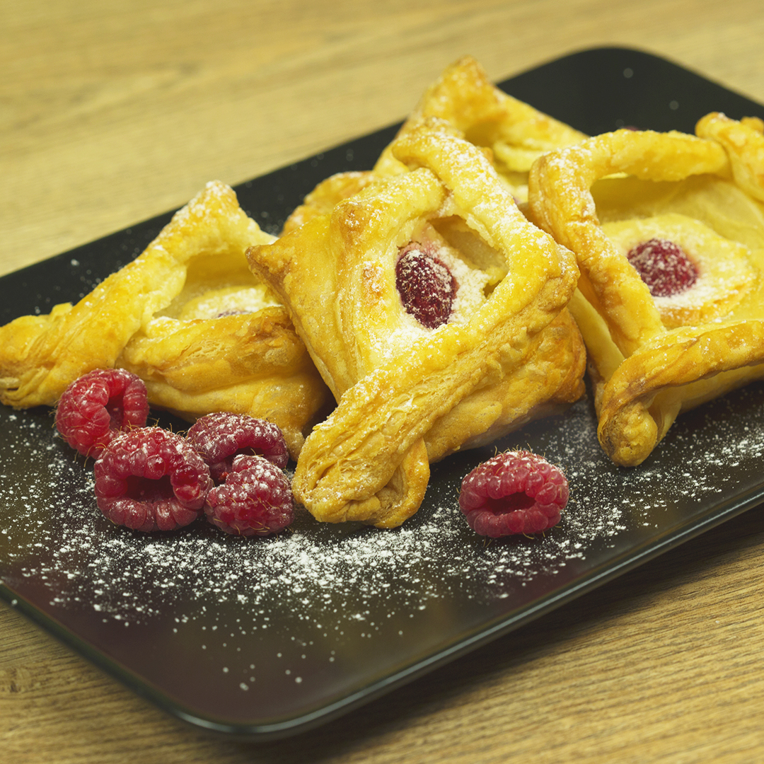 Raspberry and Cream Cheese Pastries
