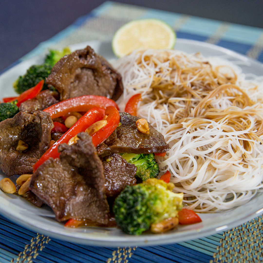 Stir-Fried Beef and Noodles