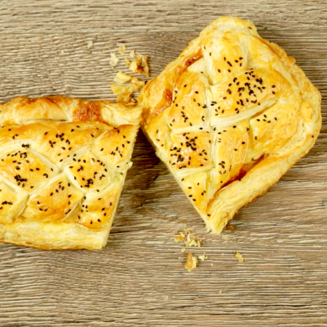 Scrambled Egg and Bacon Pie