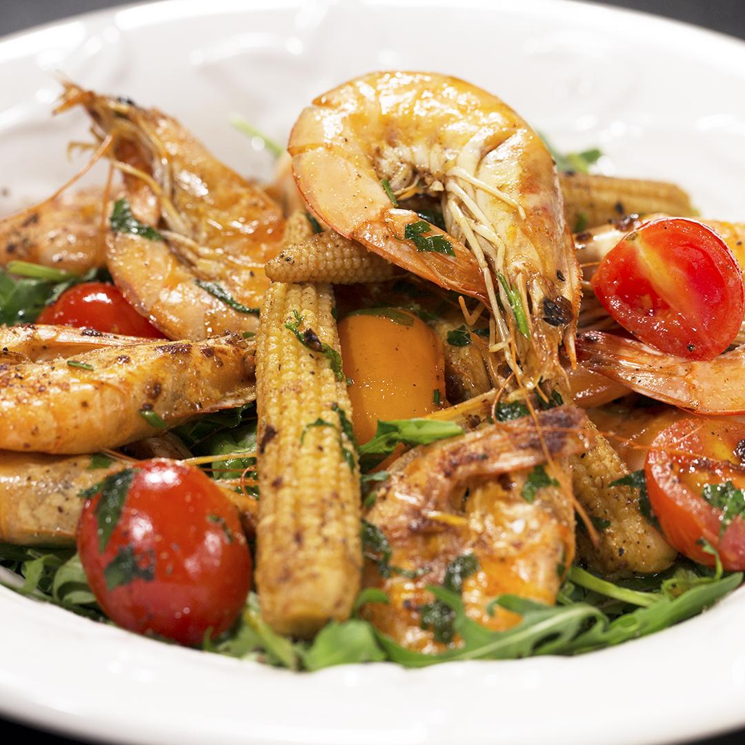 Shrimp, Arugula and Baby Corn Salad