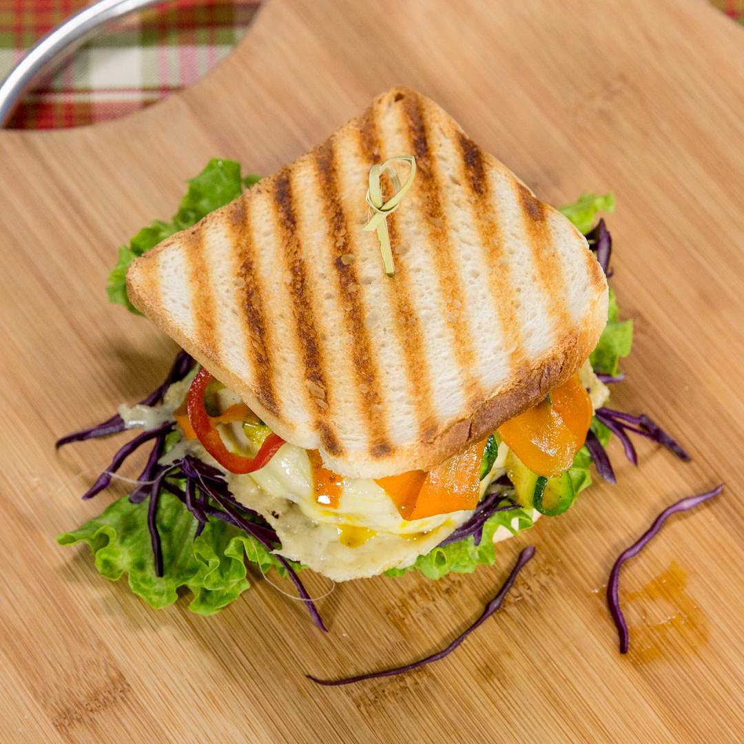 Carrot and Zucchini Beef Patty Sandwich