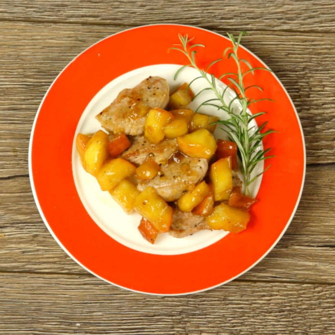 Sweet Apple Pork Steak