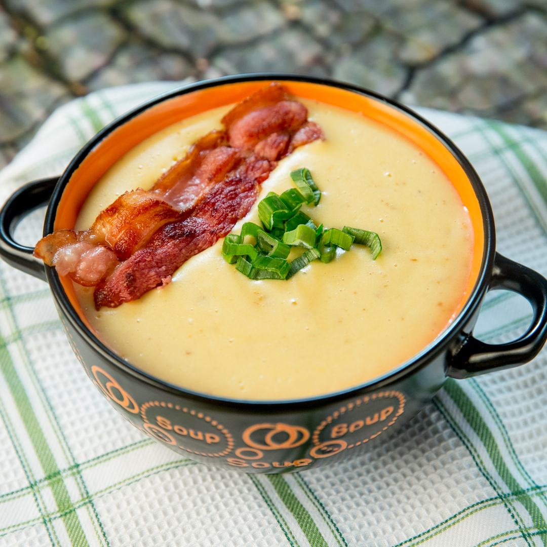 Creamy Potato and Bacon Soup