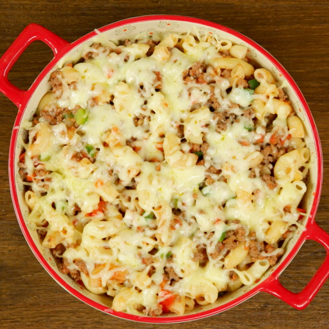 Macaroni and Ground Beef Casserole - So Delicious
