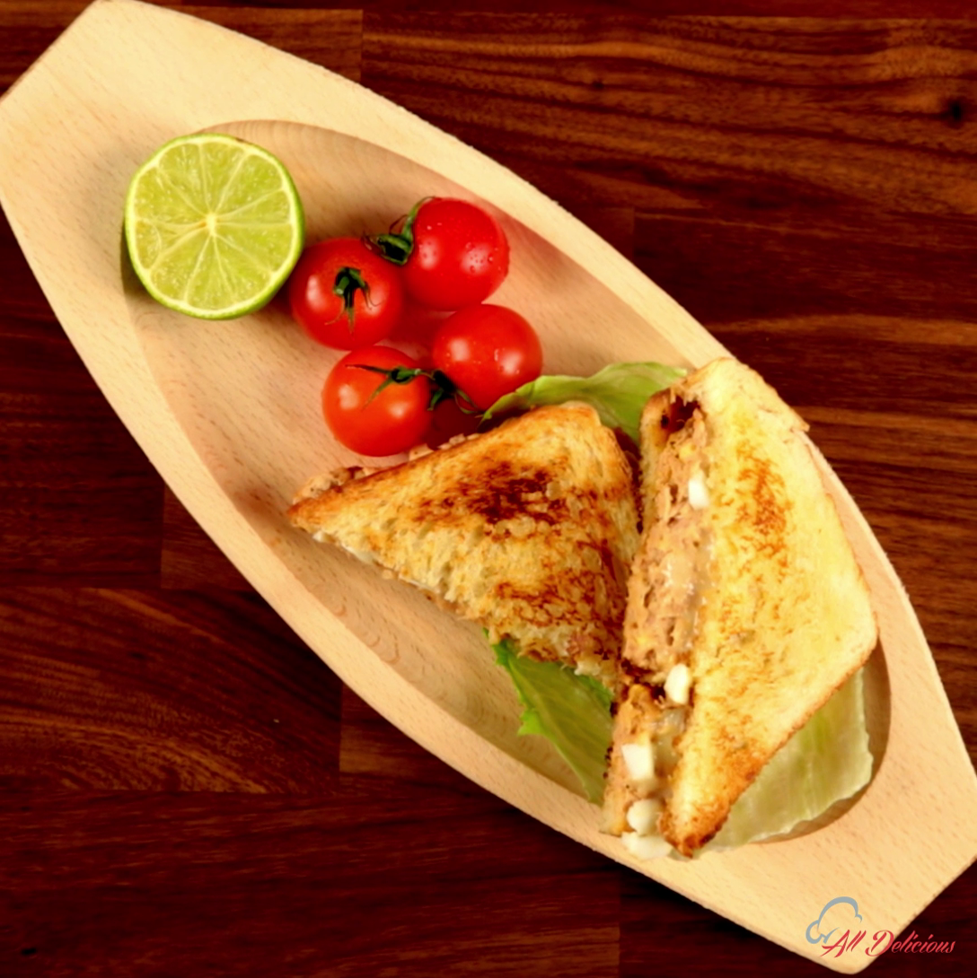 Tuna egg sandwich so delicious for Tuna and egg sandwich