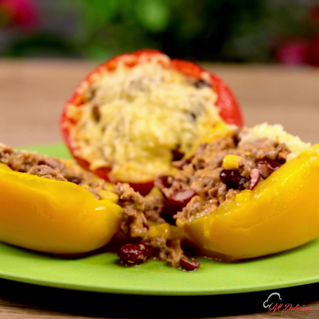 Minced Meat and Bean Stuffed Bell Peppers