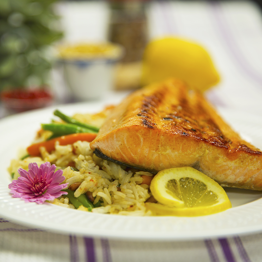 Pan-Fried Salmon with Vegetable Rice