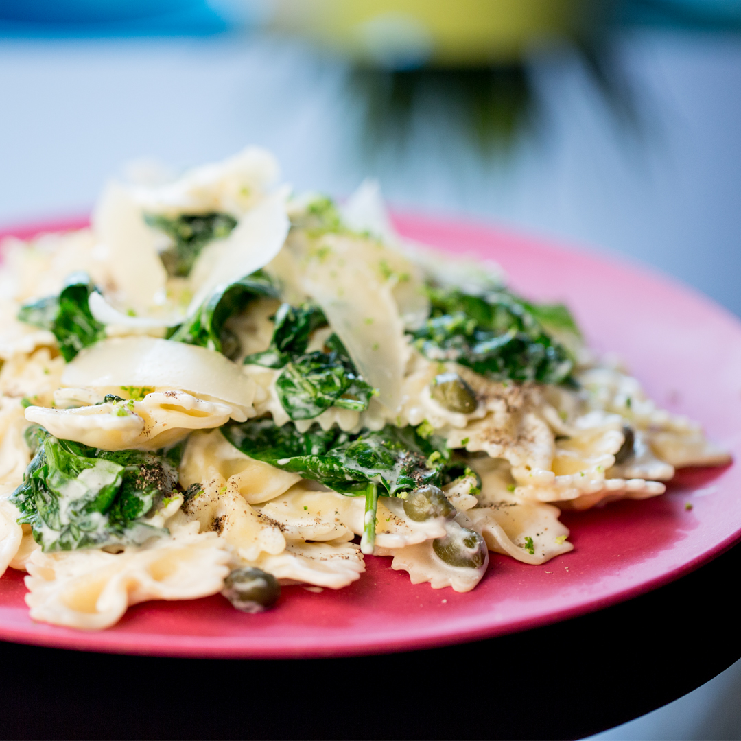 Farfalle with Spinach and Capers