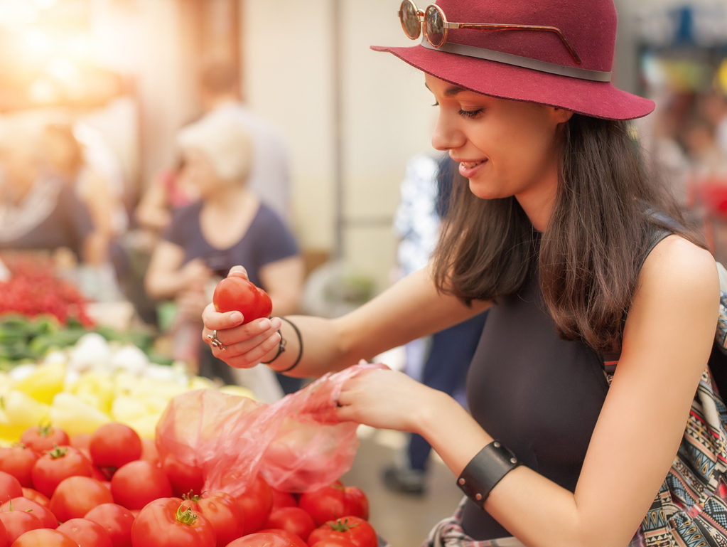 How to Keep Tomatoes Fresh Outside the Fridge