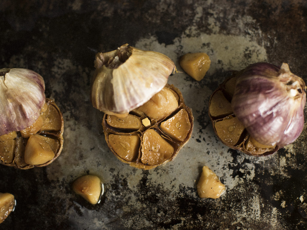 How to Use Roasted Garlic As a Superstar