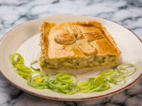 Creamy Chicken and Leek Pie