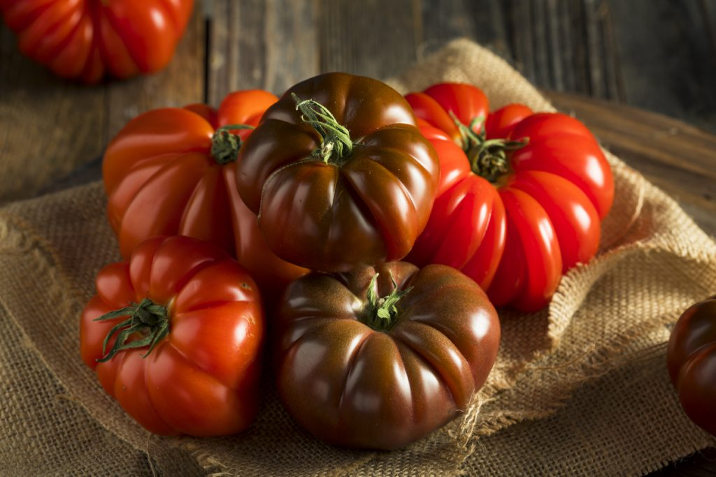 The Most Popular Tomato Types. How They Look and What They're Good For -