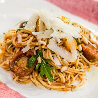 Spaghetti with Pine Nuts and Tomato Sauce