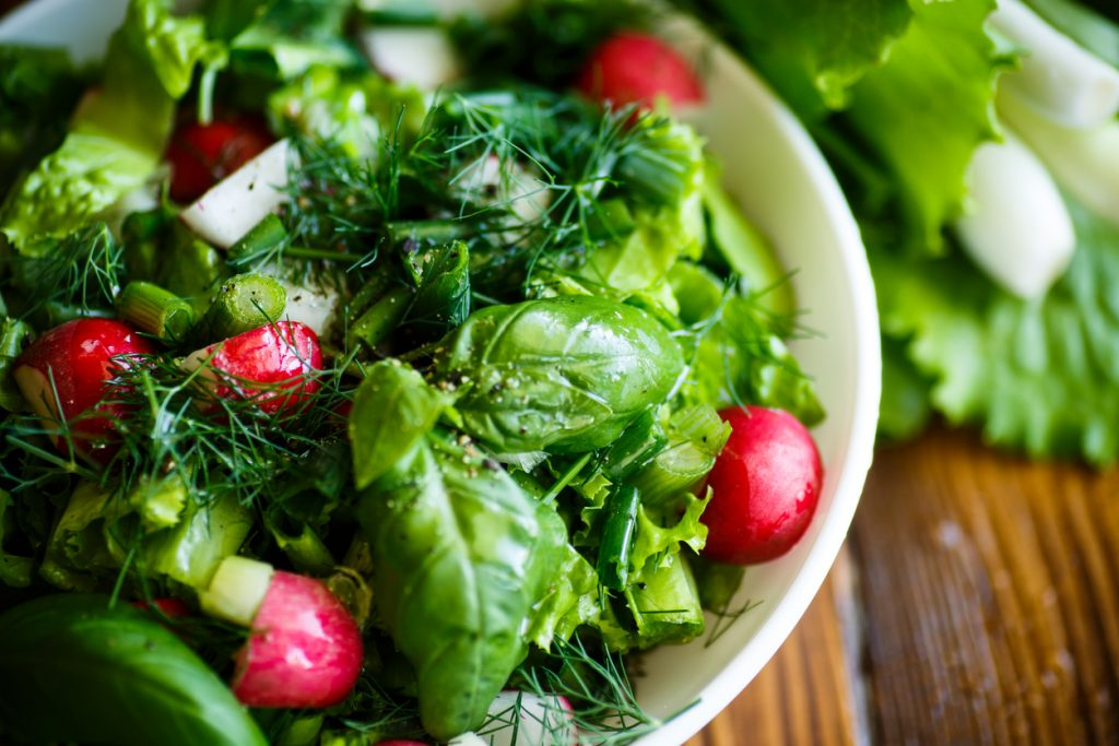 Salad Food Poisoning: How It Became a Thing in the US