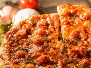 Cheesy Cherry Tomato Pizza