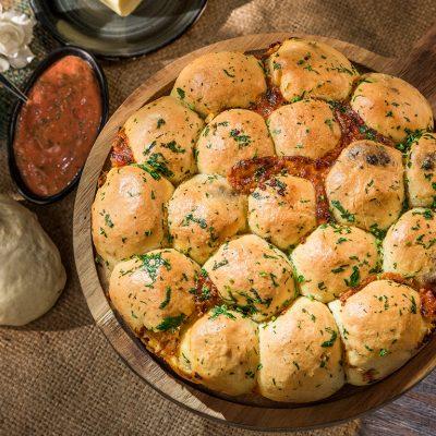 cheesy tomato pull-apart bread