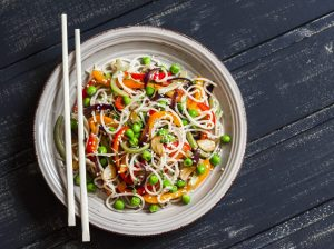 What's the Difference Between Rice Noodles and Pasta? An Investigation