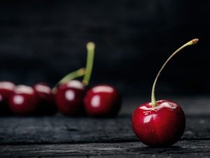 Load Up on This Fruit: 5 Top Health Benefits of Cherries