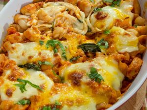 Cheesy Chicken and Pasta Bake
