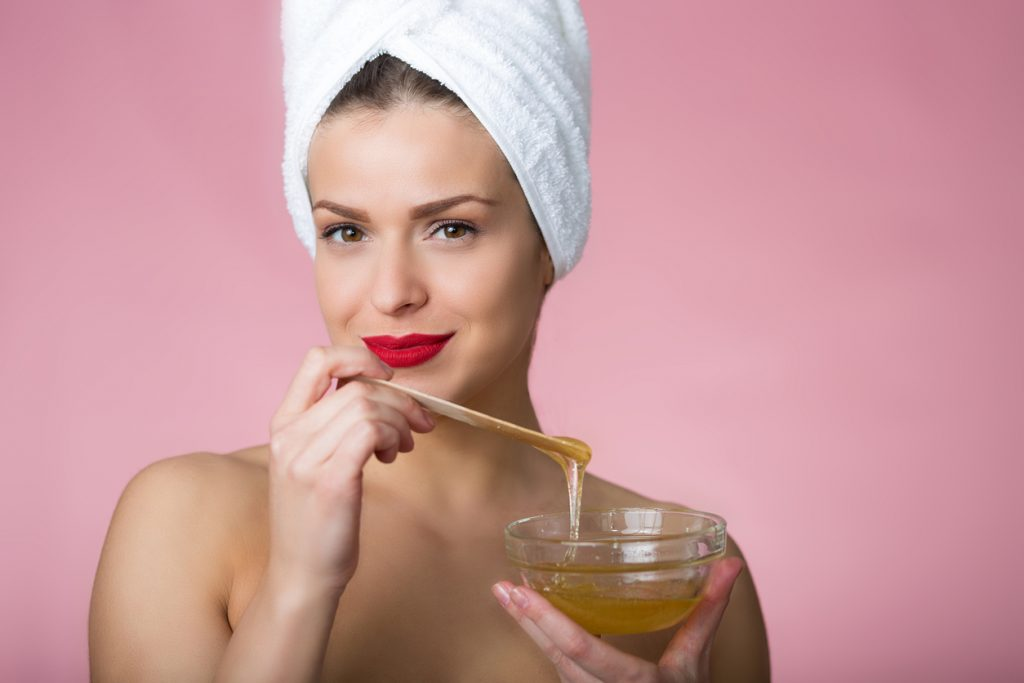 Sweet, Healthy and Shiny: The Beauty Benefits of Honey