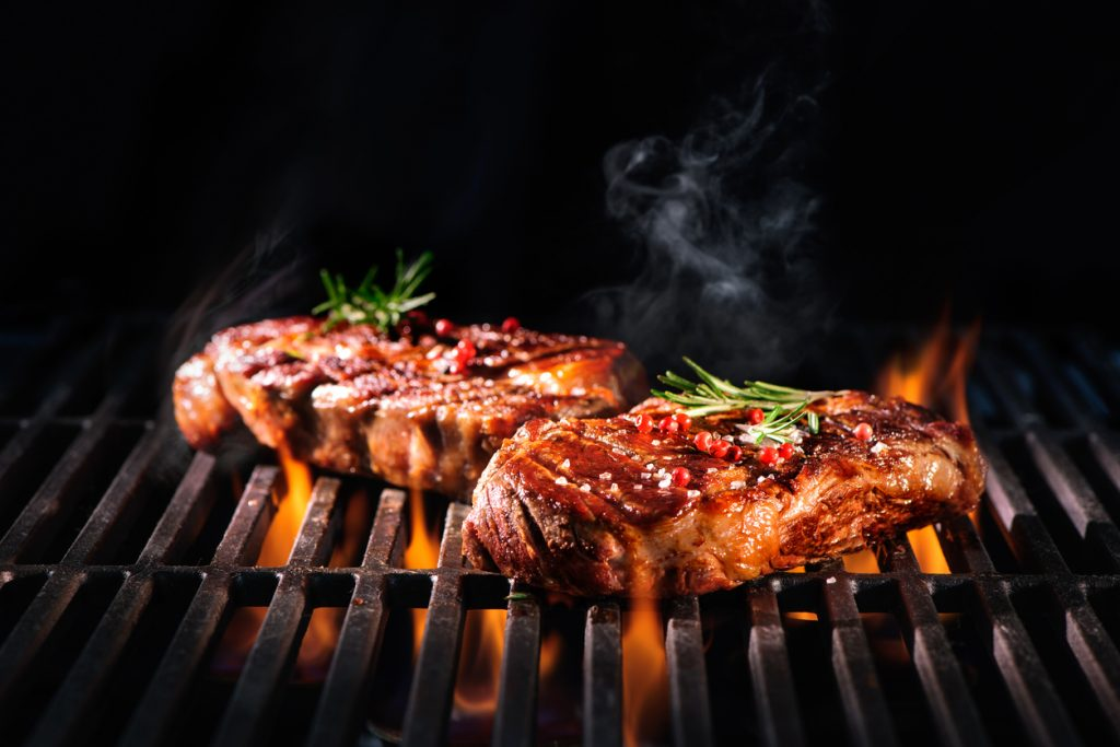 Grilling versus broiling. Why is Important to Know the Differences