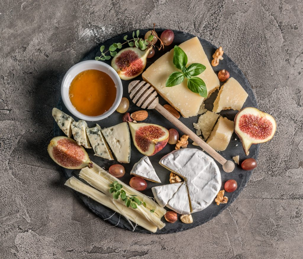 Cheese Boards – 5 Unexpected Pairings
